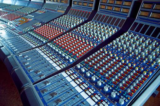 Mesa de mezclas ISA